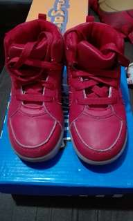 Tough kids red shoes size 9 us seldom used