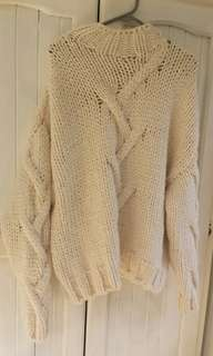 BRAND NEW Zara Chunky Cream Knit Sweater
