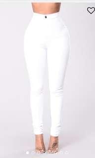 Fashion Nova high waist jean skinnies