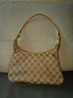 70-80% Real Cucci bag