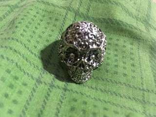 cincin tengkorak pull & bear original