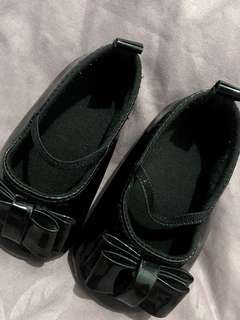 Classy black dollshoes