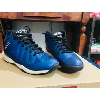 AND1 original basketball shoes for boys size 5US