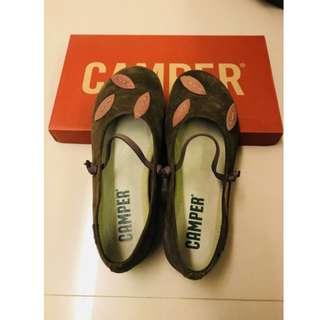只穿過一次真品~~Camper 墨綠色 真皮 娃娃鞋 (size: US6 / EUR36)
