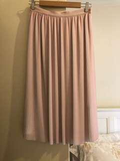 Reiss Pink skirt, sz8, mid length, new with tag, bought 345aud.