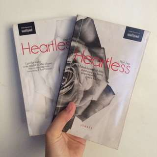 SIGNED HEARTLESS BUNDLE BY JONAXX