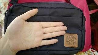 新品ASO專櫃手拿包