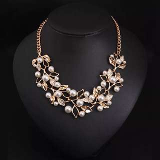 BN Fashion Simulated Pearl Pendant Necklace