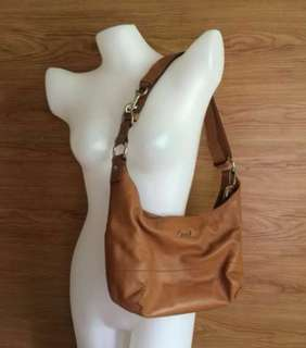 AUTHENTIC COACH LEATHER 2 WAY BAG