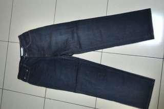 🚚 28腰日本製藍色薄牛仔褲~143