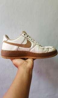 Sepatu nike air force one size 43 original