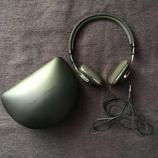 bowers & wilkins P3 series 1 headphone