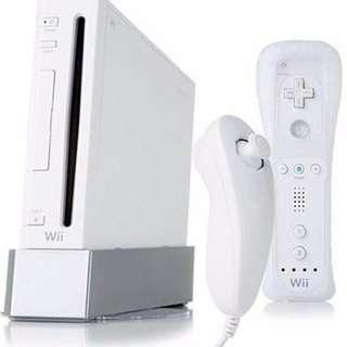 Nintendo Wii Mod Set with 4 Controllers, 4 Nanchuks and 1000++ games