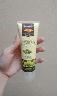 Olive Facial Foam