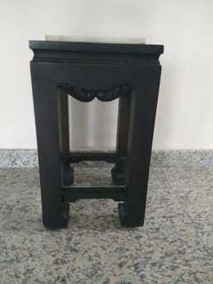 Very nice side table cheap sales
