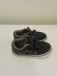 Boy airwalk shoe