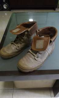 Palladium leather boots original