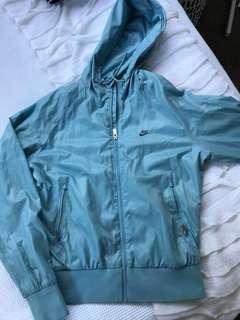 Nike raincoat size M