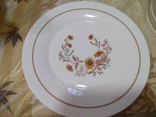 Vintage Pyrex Plate