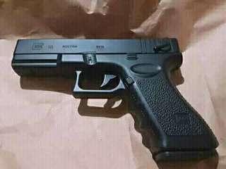 Scaled Glock 18 full metal