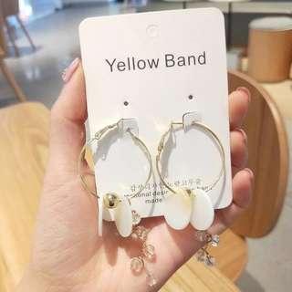 💌-水晶流蘇 氣質 立體 白色花朵 耳環  🍬韓國製🍬