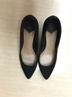 H&M black pump heels