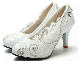 Women Lace Bead Crystal Wedding Shoes
