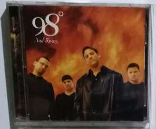 Music cd 300 pesos each