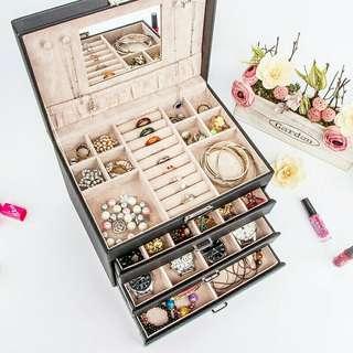 4 DRAWERS European Lock Jewellery Storage Box