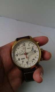Jam Timex Intelligent Quartz