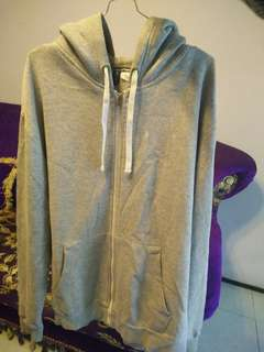 Hoodie H&M not pull and bear,stone island,champion