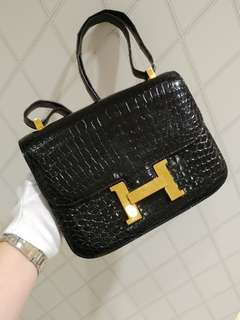 Hermes constance 23 crocodile in black