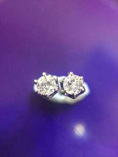 ✨☯️☯️☯️✨18K 天然鑽石耳環✨☯️☯️☯️✨