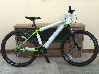 Cannondale Mountain Bike Trail 6 2017 Model 27.5 Medium frame