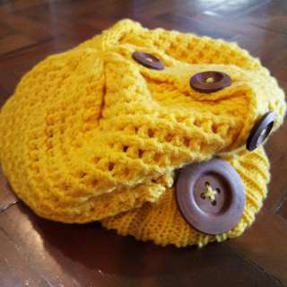 Knitted Yellow Beret with Wooden Buttons