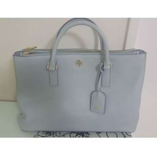 Tory Burch 女裝袋 淺藍色 (Size: 15cm * 10cm)  (只用過兩次) (原價: HKD4500)