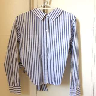 Long sleeves blue and white stripes
