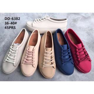 Jelly shoes sneaker murah
