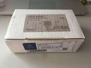 mercedes benz sensor cluster A000905570064