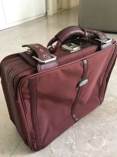 Vintage Travel Bag 復古旅行袋 (leather and nylon)