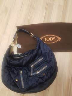 SELLING LOW: Tod's Pashmy Bag