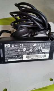 Original hp laptop charger good condition 18.5V..3.5A..65w only $15