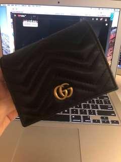 Gucci 短銀包