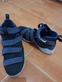 Nike lebron soldier XI (Black)