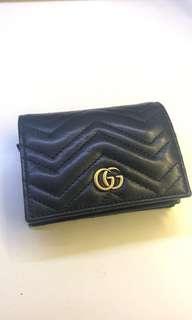Gucci 黑色銀包