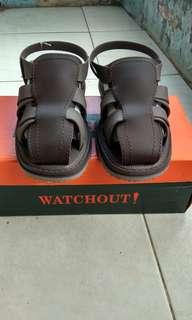 Sandal gladiator, Watchout Ori!