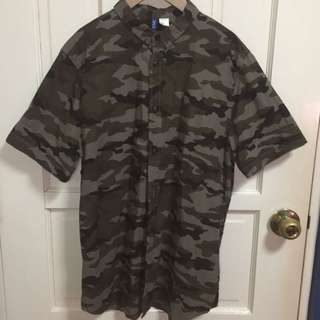 H&M Camo Buttondown