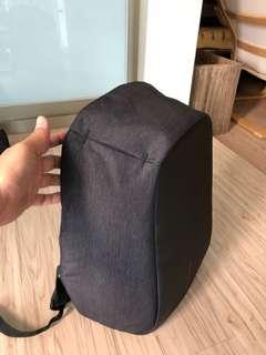 🚚 XD Design 防盜背包