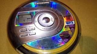 國際牌CD隨身聽,VCD隨身聽,CD播放器,CD隨身聽,隨身聽,播放器,VCD播放器~國際牌VCD隨身聽(可收看VCD影片,功能正常)