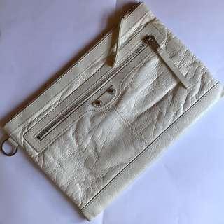 BALENCIAGA Clutch (White)